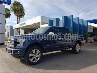 Ford Lobo Platinum Crew Cab 4x4 usado (2016) color Azul Marino precio $560,000