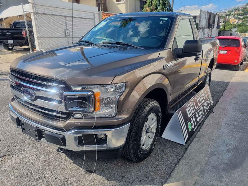 Foto Ford Lobo Cabina Regular XLT 4x4 V8 usado (2019) color Gris precio $668,000