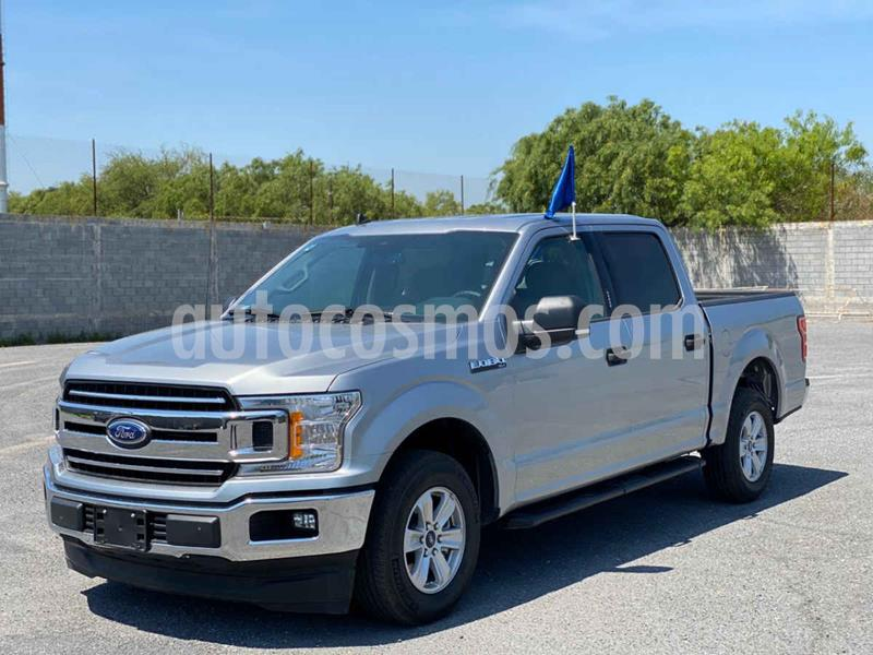 Ford Lobo Doble Cabina XLT 4x2 V8 usado (2020) color Plata precio $729,800