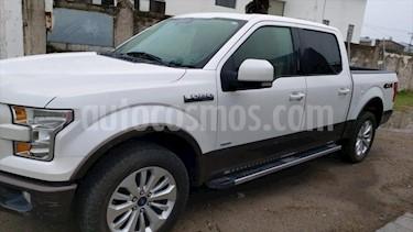 Ford Lobo Lariat 4x4 Cabina Doble usado (2015) color Blanco precio $450,000