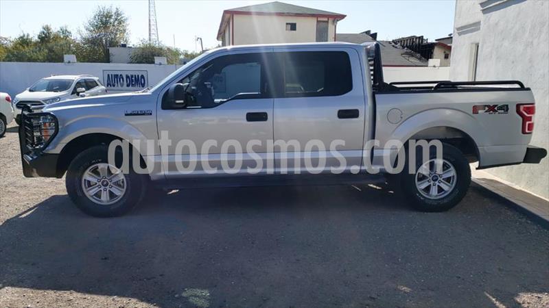 Ford Lobo XLT CREW CAB 4X4 usado (2018) color Plata precio $550,000