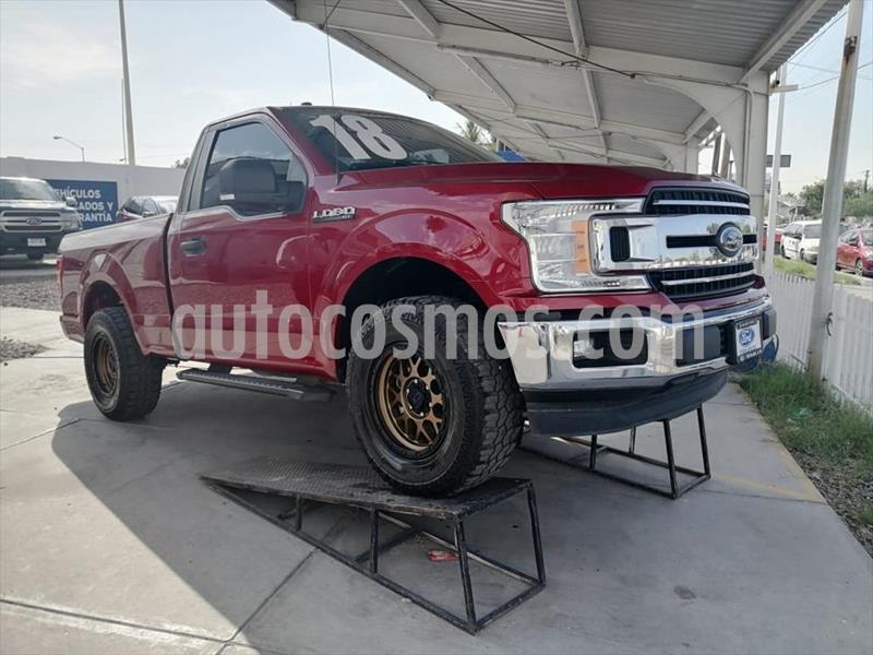 Ford Lobo Cabina Regular XLT 4x2 V8 usado (2018) color Rojo precio $470,000