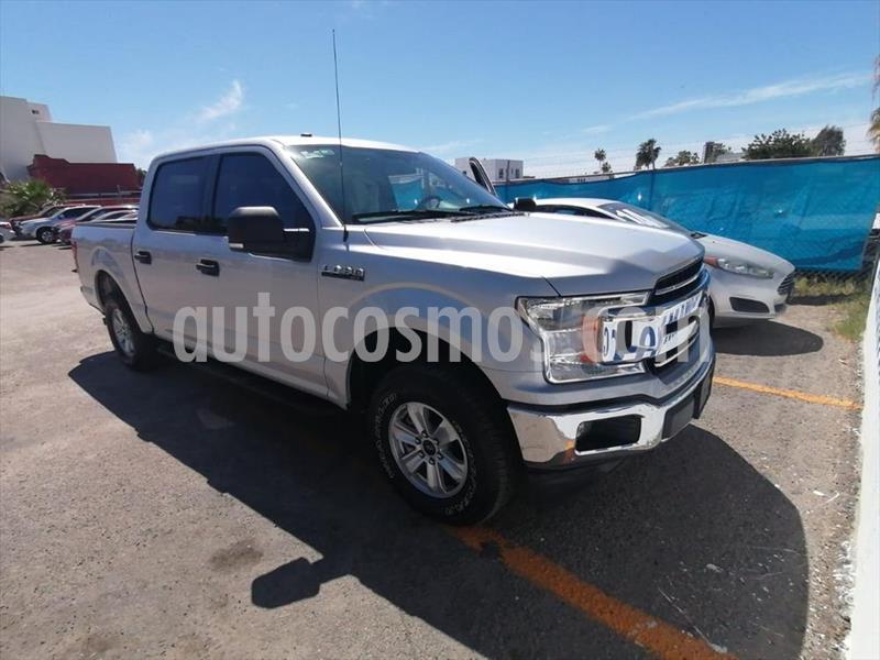 Ford Lobo Doble Cabina XLT 4x2 V8 usado (2018) color Plata precio $660,000