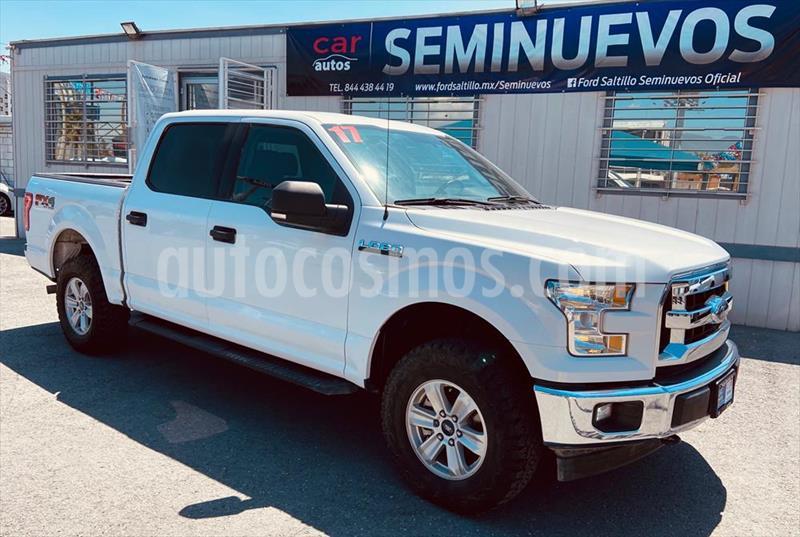 Ford Lobo Doble Cabina XLT 4x4 V8 usado (2017) color Blanco precio $490,000
