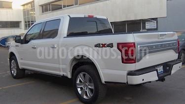 Foto venta Auto Seminuevo Ford Lobo Platinum 4x4 Cabina Doble (2017) color Blanco precio $719,000