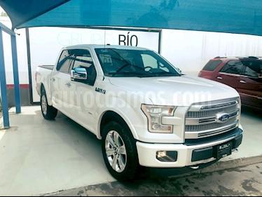Foto venta Auto usado Ford Lobo Platinum 4x4 Cabina Doble (2017) color Blanco precio $695,000