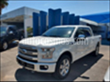Ford Lobo Platinum Crew Cab 4x4 usado (2017) color Blanco precio $640,000