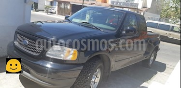 Foto venta Auto usado Ford Lobo XLT 4x2 Sup Cab 4.6L (2003) color Negro precio $140,000