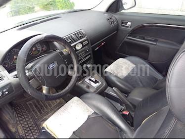 Foto venta Auto usado Ford Mondeo 2.5 Ghia V6 (2004) color Blanco precio $39,000