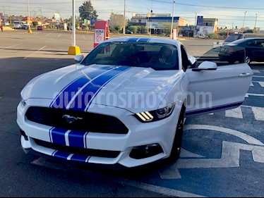Ford Mustang Coupe 2.3L Aut usado (2017) color Blanco Oxford precio $410,000