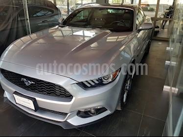 Foto venta Auto usado Ford Mustang Coupe 2.3L Aut (2017) color Plata Estelar precio $440,000