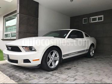 Foto venta Auto usado Ford Mustang Coupe V6 Aut (2010) color Blanco precio $215,000