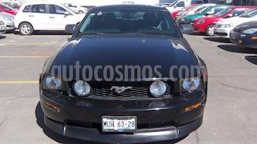 Foto venta Auto Seminuevo Ford Mustang GT Manual (2008) color Negro precio $138,000