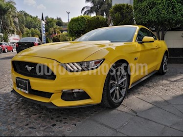 Ford Mustang GT 5.0L V8 Aut usado (2016) color Amarillo precio $450,000