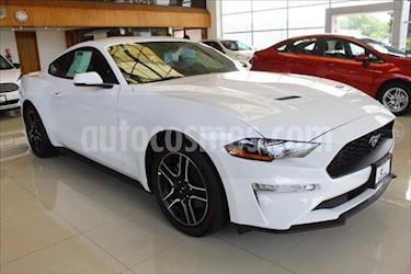Ford Mustang Coupe 2.3L Aut usado (2019) color Blanco precio $677,100