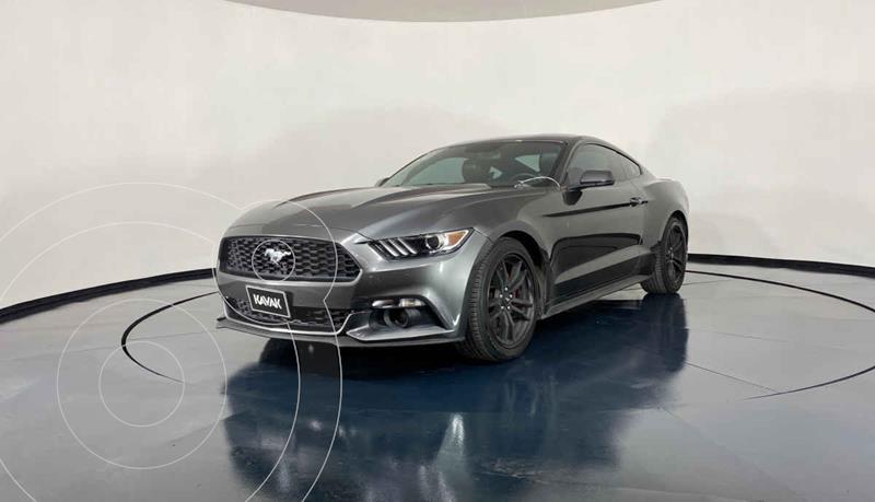 Foto Ford Mustang EcoBoost Aut usado (2017) color Gris precio $434,999