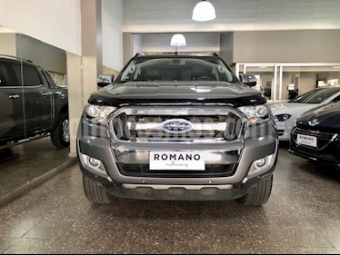 Ford Ranger Limited 3.2L 4x4 TDi CD Aut 2015/2016 usado (2018) color Gris Mercurio precio $2.650.000