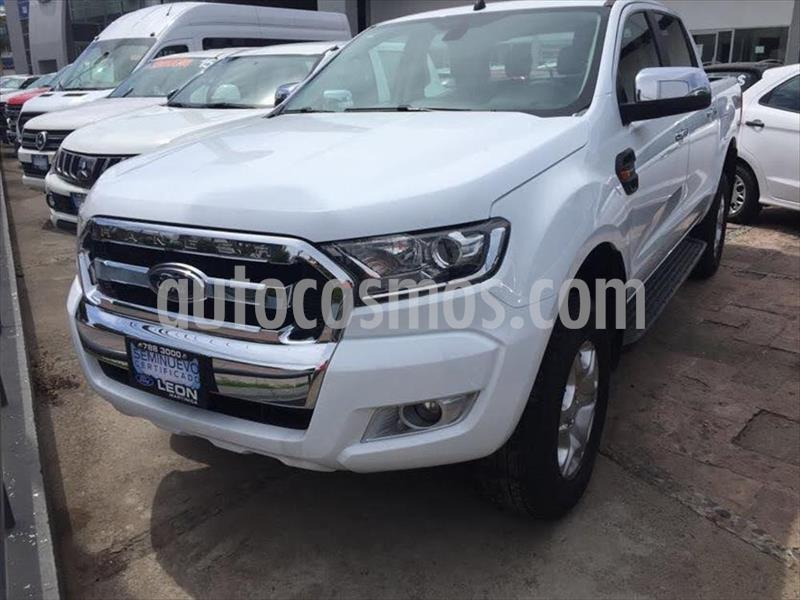 Ford Ranger XLT gasolina 4x2 Cabina Doble usado (2019) color Blanco precio $379,000