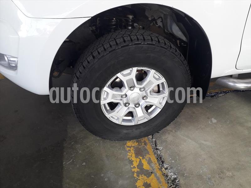 Ford Ranger XLT 4x2 Cabina Doble usado (2017) color Blanco precio $288,000