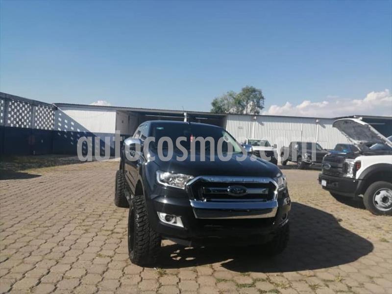 Ford Ranger XLT gasolina 4x2 Cabina Doble usado (2019) color Negro precio $385,000