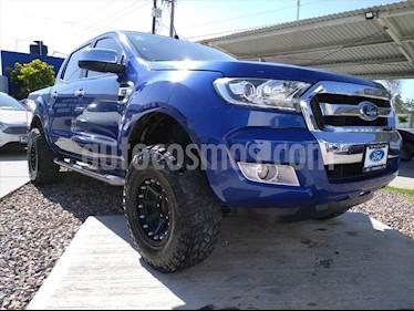 Ford Ranger XLT 4x2 Cabina Doble usado (2017) color Azul Electrico precio $335,000