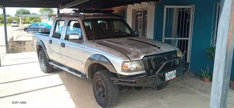 Ford Ranger Doble Cabina 4x2 L4,2.5i,8v S 1 3 usado (2007) color Plata precio u$s2.500