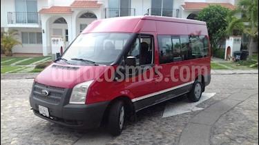 Ford Transit Diesel Pasajeros usado (2013) color Rojo precio $248,000