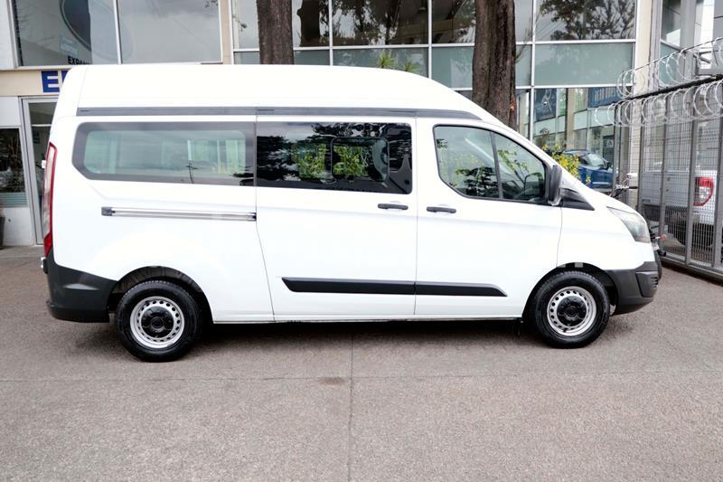 Ford Transit Gasolina Bus 15 Pasajeros usado (2014) color Blanco precio $228,500