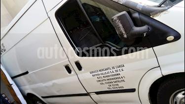 Ford Transit Diesel Chasis Larga usado (2011) color Blanco Nieve precio $150,000