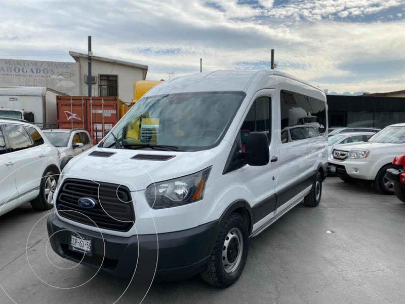 Ford Transit Diesel Bus 15 Pasajeros usado (2015) color Negro precio $425,800