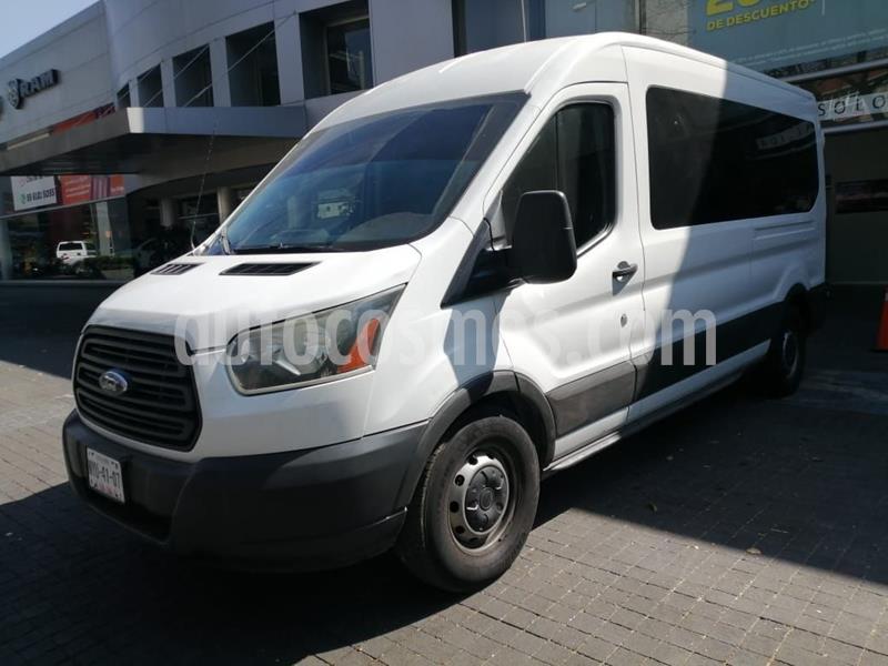 Ford Transit Gasolina Van usado (2015) color Blanco precio $320,400