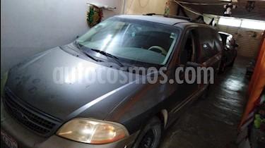 Ford Windstar SEL usado (2000) color Marron precio $38,000