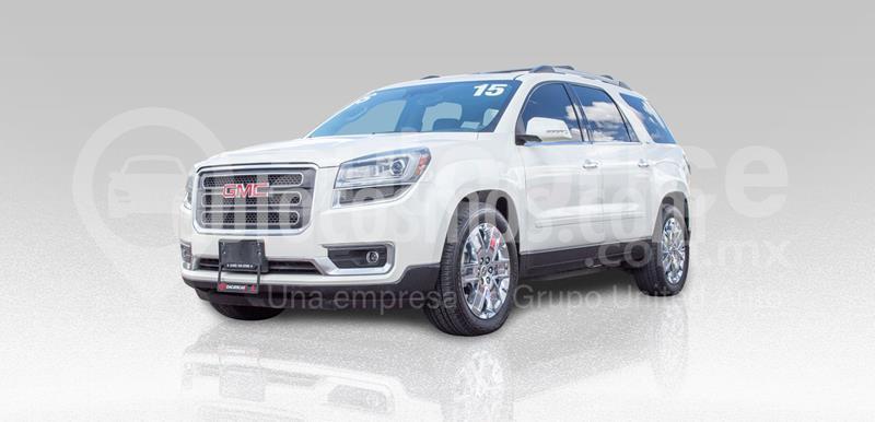 GMC Acadia SLT 2 Plus usado (2015) color Blanco precio $340,000