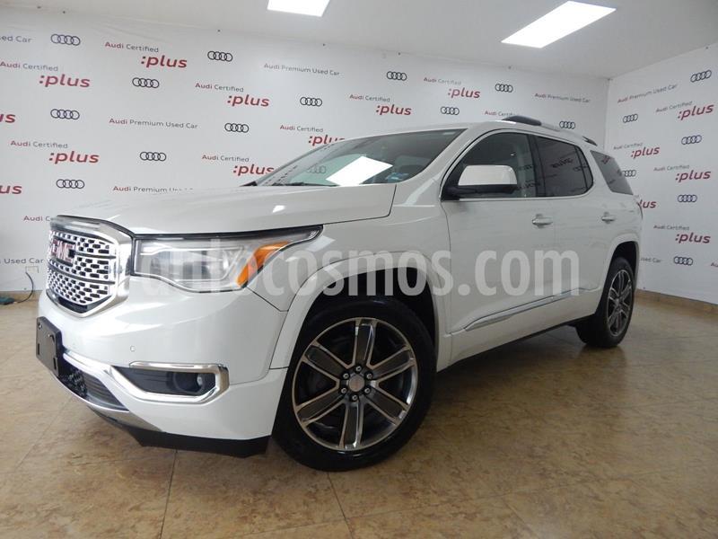 GMC Acadia Denali usado (2018) color Blanco precio $525,000