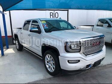 GMC Sierra Denali usado (2016) color Blanco precio $609,000
