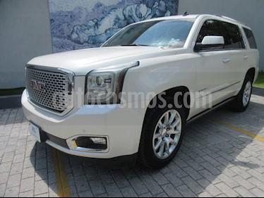 GMC Yukon Denali AWD usado (2015) color Blanco precio $559,000