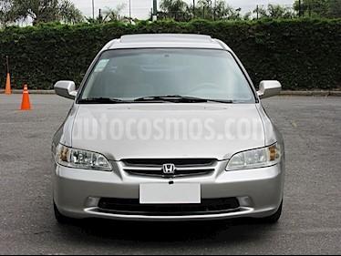 Foto venta Auto Usado Honda Accord 2.2 EX Aut (1998) color Gris Claro precio $130.000