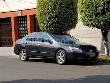 Honda Accord EX 2.4L usado (2005) color Gris precio $73,000