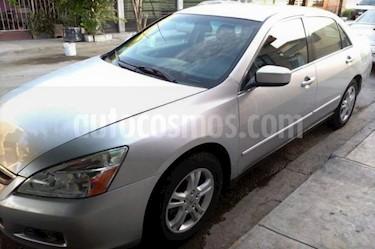 Foto Honda Accord EX 2.4L usado (2007) color Plata precio $96,500