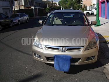 Foto venta Auto Seminuevo Honda Accord EX-L 2.4L (2007) color Bronce precio $105,000