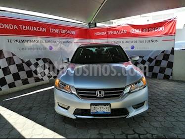 Foto venta Auto usado Honda Accord EX-L 2.4L (2015) color Plata precio $220,000