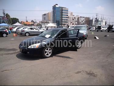 Foto venta Auto usado Honda Accord EX (2005) color Negro Cristal precio $71,000
