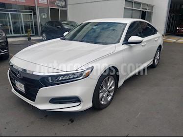 Foto Honda Accord EX usado (2018) color Blanco precio $345,000