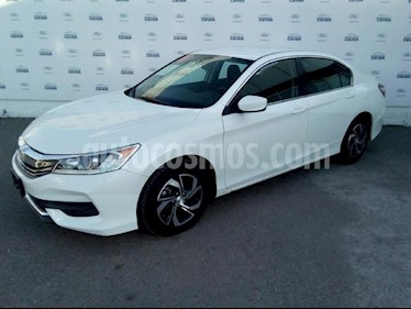 Foto venta Auto Seminuevo Honda Accord LX Sedan L4/2.4 Aut (2016) color Blanco precio $245,000