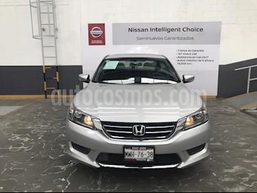 Foto venta Auto Seminuevo Honda Accord LX  (2015) color Plata precio $240,900