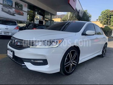 Honda Accord 4p Sport Sedan L4/2.4 Aut usado (2017) color Blanco precio $308,000