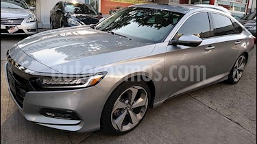 Honda Accord 4p Touring Sedan L4/2.0 Aut usado (2019) color Plata precio $557,000
