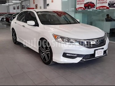 Honda Accord 4P SPORT L4 CVT CAMARA REVERSA RA-16 usado (2017) color Blanco precio $300,000