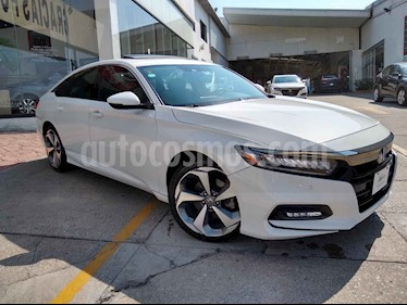 Honda Accord 4p Touring Sedan L4/2.0/T Aut usado (2018) color Blanco precio $364,100