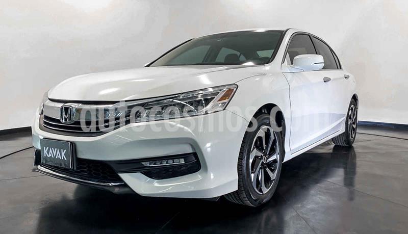 Honda Accord EX-L 3.5L V6 usado (2017) color Blanco precio $319,999